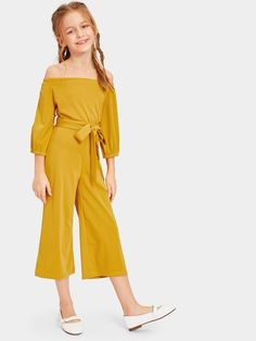 Shop Girls Self Belted Wide Leg Off Shoulder Jumpsuit online. SHEIN offers Girls Self Belted Wide Leg Off Shoulder Jumpsuit & more to fit your fashionable needs. Kids Outfits Girls, Cute Girl Outfits, Cute Summer Outfits, Girls Dresses, Moda Junior, Tween Fashion, Fashion Outfits, Tween Mode, Jumpsuit For Kids