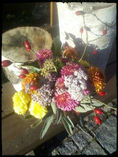 Floral Wreath, Wreaths, Plants, Home Decor, Homemade Home Decor, Door Wreaths, Flora, Deco Mesh Wreaths, Plant
