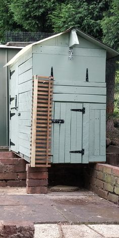 De Chick Ritz Chicken Runs, Shed, Outdoor Structures, Chicken Coops, Barns, Sheds