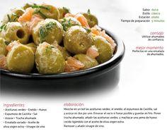 Aceitunas verdes marinadas