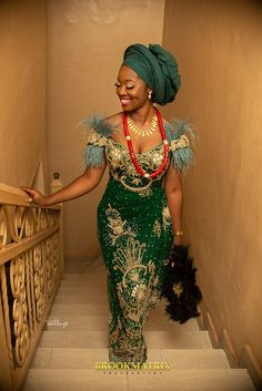 The Igbo traditional wedding took place in the bride's hometown – Owerri in Imo State and it was a sight to behold African Lace Styles, African Lace Dresses, Latest African Fashion Dresses, African Clothes, Nigerian Wedding Dresses Traditional, Traditional Wedding Attire, Traditional Outfits, African Wedding Attire, African Attire