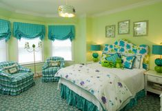 "Colorful tween bedrooms, These bedrooms have one thing in common. They have been decorated for each individual sister and they all love color., Bedrooms Design ----- ""whole entire room"" Lime Green Bedrooms, Bedroom Green, Green Rooms, Blue Rooms, Home Bedroom, Girls Bedroom, Bedroom Decor, Green Walls, Bedroom Ideas"