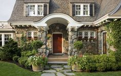 Happy Hollow cottage traditional exterior
