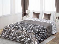 Brązowa dwustronna narzuta na łóżko z białymi rombami