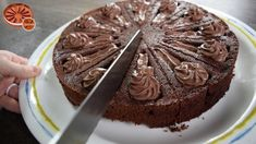 Mary Berry's best chocolate cake in Liquid Cake Pan - Zila Cake Mould by...