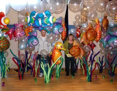 Fish, a seahorse, bubble balloons - it doesn't get much better than this as far as decorating for a pool or swimming party!
