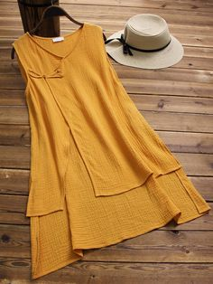 O-NEWE Vintage Fake Two Pieces Tank Tops for Women is personalized, see other cheap plus size kimono tops on NewChic. Hijab Fashion, Fashion Dresses, Plus Size Vests, Hijab Stile, Kurta Designs Women, Looks Chic, Stylish Dresses, Casual Tops, Designer Dresses