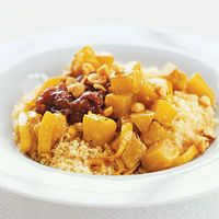 Chicken Peanut Curry...This is a West African recipe. An amazing recipe for those who love to eat spicy dishes.