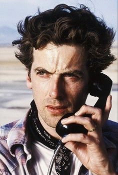 ooh so young Peter Capaldi, Doctor Who Twelfth Doctor, 12th Doctor, Scottish Actors, British Actors, British Men, Doctor Who Cast, Steven Moffat, John Barrowman, Doctor Who Quotes