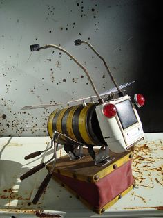 Dewi Buzz by Martin Horspool The Robot Man, via Flickr