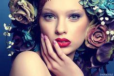 Flowered Fashion/Couture Headpiece / Dana Cole