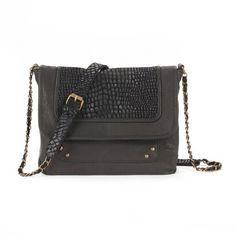 Snakeskin bag  http://www.laredoute.gr/SOFT-GREY-Tsanta-dermatinh_p-249500.aspx?prId=324409398