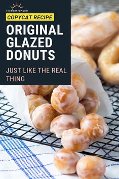 These original glazed donuts are light and chewy and a good way to get anyone out of bed in the morning. Who can resist a Krispy Kreme recipe copycat? Easy Brunch Recipes, Vegetarian Breakfast Recipes, Egg Recipes For Breakfast, Brunch Ideas, Breakfast Ideas, Breakfast For A Crowd, Breakfast Cake, Sweet Breakfast, Food For A Crowd