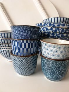 Japanese tea cups : indigo and white