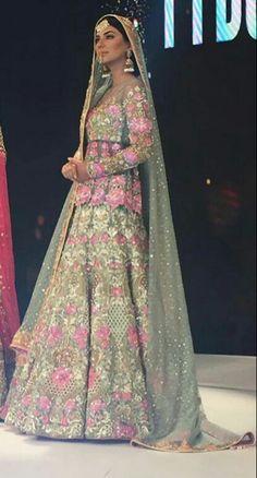 Pakistani bridal by Nomi Ansari.