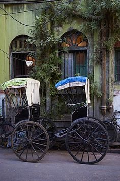Photographic Print: Rickshaw on the Street, Kolkata (Calcutta), West Bengal, India, Asia by Bruno Morandi : Abstract Photography, Photography Ideas, Travel Photography, Indian Photography, Life Photography, Street Photography People, India Street, India Asia, Vintage India