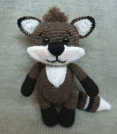 Raccoon crochet pattern free