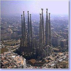 Oferta de viaje a Espa�a. Entra, informate y reserva el viaje CIRCUITO DE 7 DIAS Catalu�a Diferente incluy pension completa y excursiones