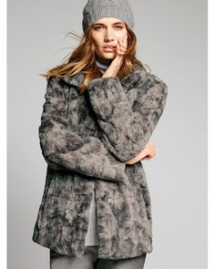 Now on  Special Offer. Faux Fur Jacket from #Gelco_Fashions. Check it on our site.