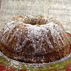 Treats & Trinkets: Applesauce Cake