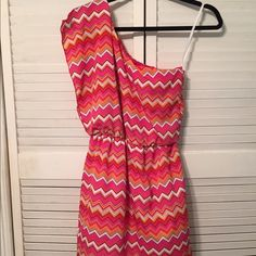 Iz Byer One Shoulder Dress NWOT. Never worn. No stains, tears or pilling. 100% Polyester. Iz Byer Dresses One Shoulder