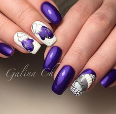 50 Beautiful Stylish and Trendy Nail Art Designs for Christmas Nail Art Noel, Xmas Nail Art, Christmas Nail Art Designs, Xmas Nails, New Year's Nails, Winter Nail Designs, Winter Nail Art, Holiday Nails, Winter Nails