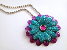 Sparkle Mod Podge paper flower necklace from Mrs. Greene via Mod Podge Rocks Paper Jewelry, Paper Beads, Jewelry Crafts, Handmade Jewelry, Mod Podge Crafts, Diy Crafts, Metal Crafts, Paper Crafts, Diy Flowers