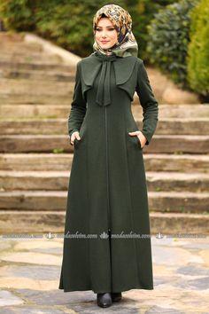 Fashion selvim Bow Detail Winter Ferace Khaki – Best Of Likes Share Modern Hijab Fashion, Hijab Fashion Inspiration, Abaya Fashion, Muslim Fashion, Fashion Dresses, Hijab Style Dress, Hijab Gown, Stylish Dresses, Modest Dresses
