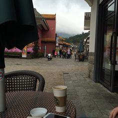 Having a #coffee before seeing the #giant #Buddha on #Lantau #Island near #HongKong #ArnoldsAtticHongKong2015