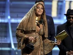 Top Online News: Adele sweeps Grammys Awards with 5 wins, while Bow...