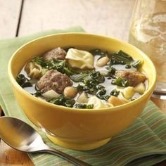 Kale yes! Add this nutrient-rich ingredient to soups, salads, pasta dishes and more with our most popular kale recipes. Kale Soup Recipes, Chili Recipes, Healthy Soup, Healthy Eating, Healthy Recipes, Sausage And Kale Soup, Turkey Soup, Cheese Tortellini, Soup And Sandwich