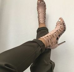 Chic strappy leather heels ♡