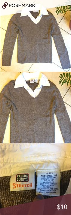 Tan cable knit w/ white collar long sleeve shirt Light brown or tan cable knit sweater fits like a woman's small but says misses size 8/10. Has white collar sewn in to look like a white collared shirt underneath. Warm and comfy. Tops Tees - Long Sleeve