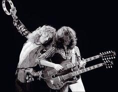 """Janeiro é o mês do rock no Cineclube da Biblioteca Monteiro Lobato, de São Bernardo. Aos sábados, serão exibidos filmes que homenageiam alguns astros deste gênero musical. """"Jimmy Page & Robert Plant no Quarter Unledded"""", """"Pink Floyd - the wall"""" e """"The Beatles - the yellow submarine"""" foram os títulos escolhidos para este ciclo. No...<br /><a class=""""more-link"""" href=""""https://catracalivre.com.br/sp/agenda/barato/mes-do-rock-no-cineclube-monteiro-lobato/"""">Continue lendo »</a>"""