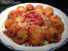 Living the Gourmet: Chicken Meatballs with Red Sauce and Spaghetti