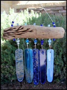 Driftwood wind chime diy home interior driftwood wind chime craft driftwood window blinds driftwood wind chime . Stained Glass Projects, Stained Glass Art, Mosaic Glass, Fused Glass, Glass Wind Chimes, Diy Wind Chimes, Seashell Wind Chimes, Driftwood Projects, Driftwood Art