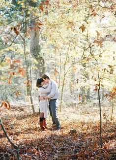 The leaves are a changin', brides and grooms-to-be are planning to take their engagement photos! Here are 6 Fall-Friendly Engagement Shoot Ideas Fall Engagement Shoots, Engagement Couple, Engagement Pictures, Wedding Engagement, Engagement Photography, Wedding Photography, Family Photography, Photography Ideas, Forest Falls