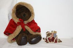 """Boyd's lot of 2 'Santa' bear plush 10.5"""" from 1993 no tag and 'Father Christmas with Holly & Nick...Holiday fun' figurine 2.5"""" x 4"""" x 2 1/4"""" style #228369 ed/pc# 1E/5947 from 2001 $15.50"""