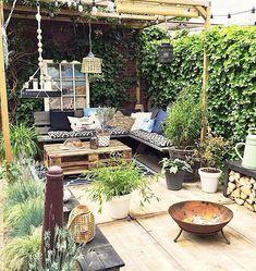 feel the sun, or am I kidding myself 😉☀️. Patio Pergola, Backyard Patio, Backyard Landscaping, Pergola Kits, Outdoor Rooms, Outdoor Gardens, Outdoor Living, Outdoor Decor, Casa Hygge
