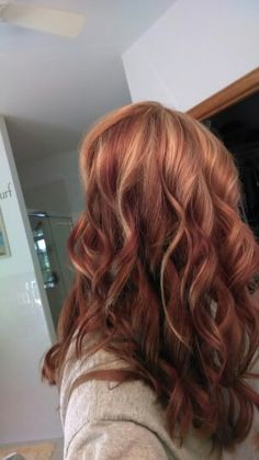 Red hair, reverse ombre! Love!