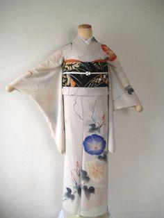 アンティーク着物屋 店長blog Japanese Clothing, Japanese Outfits, Japanese Kimono, Japanese Art, Traditional Kimono, Traditional Outfits, Japan Summer, Modern Kimono, Sash Belts