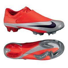 Nike Mercurial Vapor V Soccer Boots, Football Shoes, Soccer Cleats, Cristiano Ronaldo, Alexis Sanchez, Soccer Store, Sports Training, Champions, Nike