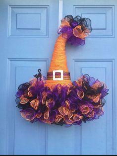 Halloween Witch Hat, Fall Halloween, Halloween Crafts, Witch Hats, Scary Halloween, Happy Halloween, Purple Halloween, Halloween Halloween, Halloween Mesh Wreaths