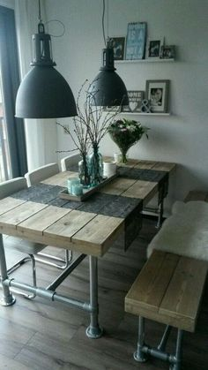 Industrial Look - 26 stylish furniture made of pipe connectors- Industrial Look – 26 stylische Möbel aus Rohrverbindern Build a table from pipes - Pipe Decor, Table Design, Creation Deco, Home And Deco, Farmhouse Table, Farmhouse Decor, Farmhouse Lighting, Dining Room Table, Dining Rooms