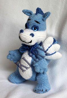 Amigurumi draghetto azzurro