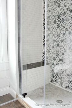 walk in shower design - Abnehmbare Backsplash Lowes