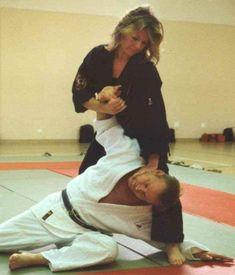 Judo Karate, Karate Girl, Ju Jitsu, Martial Arts Women, Brazilian Jiu Jitsu, Aikido, Action Movies, Training, Sports