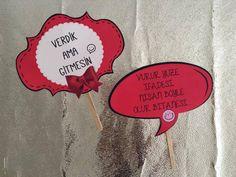 El Pankartları - Konuşma Balonu