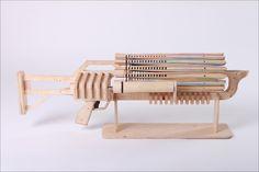 Das Gummiband Gewehr  http://lofter.de/24-12-2013/lastminute-geschenkwunsch-das-gummiband-gewehr/