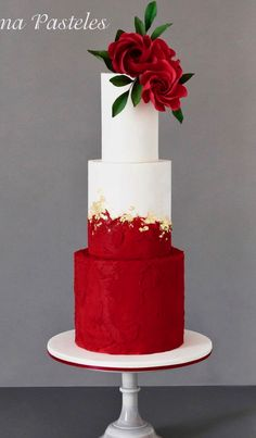 Red & White Wedding Cake Best Picture For wedding cake toppers For Your Taste You are looking for something, and it is going to tell you exactly what you are looking for, and you didn't find that pict Wedding Cake Red, Fall Wedding Cakes, Beautiful Wedding Cakes, Gorgeous Cakes, Wedding Cake Designs, Pretty Cakes, Wedding Cake Toppers, Wedding White, Best Cake Designs